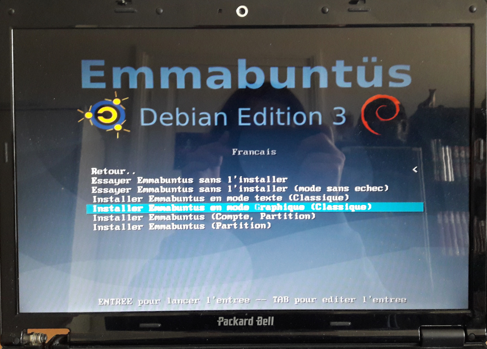 "choix : ""installer Emmabuntüs en mode graphique"""